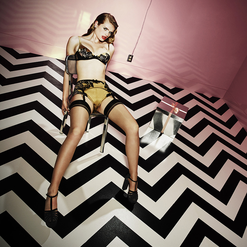 Advertising / Agent Provocateur : Simon Emmett